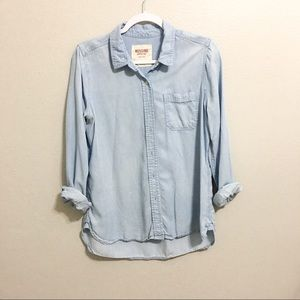 Button down light wash rolled sleeve look